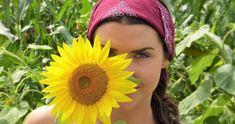 Wenn Du Frauengruppen leitest und Tanz (oder Yoga, Körperarbeit…) unterrichtest, gibst Du ganz bestimmte […] Easiest Flowers To Grow, 5 Weeks Pregnant, Excessive Sweating, Health Remedies, Veronica, How To Lose Weight Fast, Natural Health, Natural Remedies, Diets