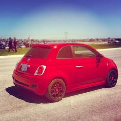 #fiat500 #Fiat #onboardfiat New Fiat, Fiat 500, Cool Cars, Cool Pictures, Jeep, Automobile, Vans, Infographics, Vehicles