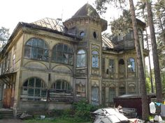 Abandoned dacha, Gorki, Moscow Oblast, Russia.