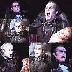 Steve als Graf von Krolock 💫❤ #stevebarton #grafvonkrolock #tanzdervampire #musical #singer #actor #theater #wien #raimundtheater