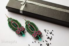 blueagata: Emerald soutache earrings