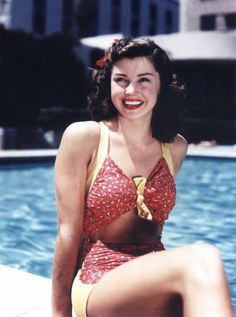 ESTHER WILLIAMS  (1923)