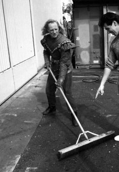 Lord Vigo. The scurge of Carpathia doing a bit of sweeping behind the scenes on #Ghostbusters 2 (1989)