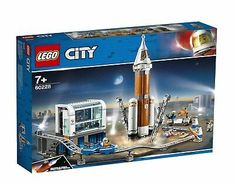 LEGO® City Space Agency needs you! Prepare for the launch of the Deep Space Rocket from the NASA-inspired launchpad with the scientists and astronauts. Test the rover to ensure it's ready to pick up the geode samples in the training area, while the robot Lego Technic, Lego Duplo Bagger, Lego Mindstorms, Mars Mission, Lego Disney, Legos, Space Rocket Launch, Lego City Space, Lego Space Sets