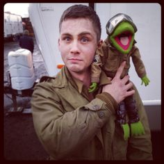 Kermit joins the tank crew. pic.twitter.com/3r3sEFqgYK