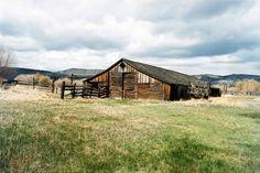 Old Barn in Eastern Oregon by pothman, via Flickr