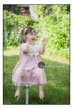 Children's Photographer in Onalaska Wisconsin - bubbles and little girl, fancy dress ideas Endless Images Photography - Google+
