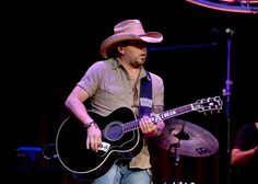 Aw, poor guy! Jason Aldean tears up during his performance of Gonna Know We Were Here at the CMA Awards!