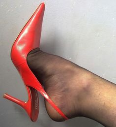 sexy red high heel slingbacks, a classic staple! High Heel Boots, High Heel Pumps, Pumps Heels, Stiletto Heels, Stilettos, Pantyhose Heels, Stockings Heels, Sexy Legs And Heels, Hot Heels