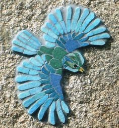 "Introduction to the mosaic: Passionately in Madness. Mosaic the ""Blue Bird"". Mosaic Tile Art, Mosaic Rocks, Mosaic Artwork, Mosaic Crafts, Mosaic Projects, Mosaic Glass, Mosaic Ideas, Mosaic Animals, Mosaic Birds"