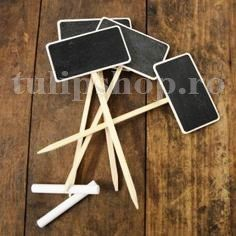 Mini Chalk Boards Great for the window box herb garden. Made from wood, with blackboard-paint face. 4 chalkboards per pack. Blackboard Paint, Chalkboard Signs, Chalkboard Markers, Mini Chalkboards, Garden Signs, Deco Table, Photography Props, Party Planning, Party Time