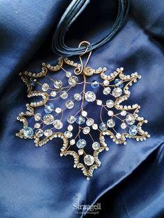 """Медный кулон """"Морозный Клён"""" Copper pendant """"Frosty Maple""""  Instagram: strangell.wire.art ~  Shop: www.strangell.livemaster.ru ~  Eatsy Shop: www.strangell.etsy.com ~  VK: vk.com/strangell"""