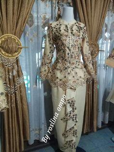 Kebaya Modern Dress, Victorian, Formal Dresses, Fashion, Dresses For Formal, Moda, Formal Gowns, Fashion Styles, Formal Dress