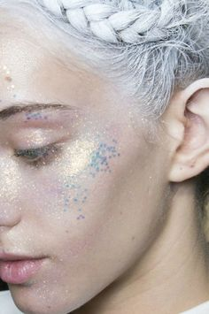 I Believe In Fairies, I Do, I Do | Into The Gloss next halloween: glitter in the hair, flowers in the hair