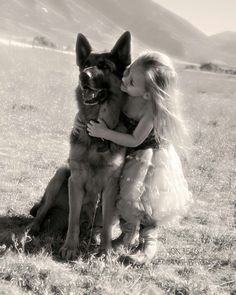 Adopting a German Shepherd Dog From An Animal Shelter Dogs And Kids, I Love Dogs, Cute Dogs, Dogs And Puppies, Doggies, Animals Beautiful, Cute Animals, German Shepherd Puppies, German Shepherds
