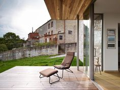 Renovation & Extension of a Holiday House / Dehullu Architecten