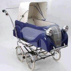 Rolls Royce Stroller it! Vintage Stroller, Vintage Pram, Pram Stroller, Baby Strollers, Landau Vintage, Prams And Pushchairs, Baby Buggy, Dolls Prams, Baby Essentials