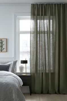 Veckbandslängder - Pembroke wide (i lin) Living Room Drapes, Home Living Room, Modern Interior, Interior Design, Curtains With Blinds, Window Coverings, Interior Decorating, Sweet Home, New Homes