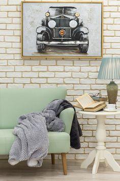 Alocă-ți timp pentru a lectura o carte sub păturica moale și pufoasă! #paturica#homedeco #deco #decoratiuni #masuta cafea