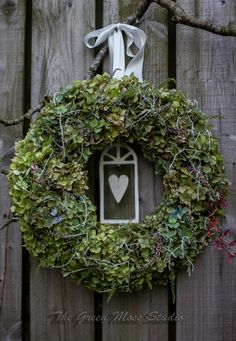 #wreath • Design: The Green Moss Studio