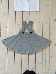 Ravelry: Snurr-Meg-Skjørt / Triple Skirt pattern by Trine Johnsen design Knitting For Kids, Baby Knitting Patterns, Knitting Designs, Skirt Knitting Pattern, Ravelry, Knit Baby Sweaters, Vintage Mode, Lace Ruffle, Skirt Outfits