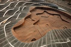 Anyang Art Park photographed by Colin Roohan & Kim Jaehoon  Stairs, ramp and amphitheatre merged into one.