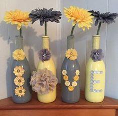 Créer une écriture déco avec bouteilles et bocaux en verre! 20 idées... Déco avec bouteilles et bocaux en verre. Jetez donc un coup d'oeil à ces 20 idées créatives afin de réaliser une écriture déco en recyclant bouteilles et bocaux en verre!... #decoratedwinebottles