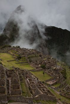 One of the most amazing places I have ever visited. The 4 day walk makes it a prize // Machu Picchu