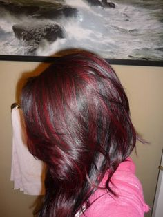 I love me some bright red highlights!!