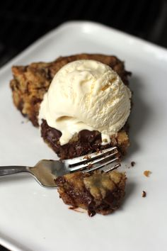 Deep Dish Chocolate Chip Skillet Cookie  3/4 cup butter 3/4 cup sugar 3/4 cup brown sugar 1-½ teaspoons Pure Vanilla Extract 1-1/2 tea...