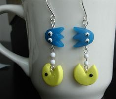 Argile de polymère de GUO GUO-Handmade Pac-Man boucles d'oreilles, fait sur commande