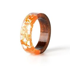 2019 New Design Handmade Wood Resin Ring Flowers Plants Inside Jewelry New Novel… 2019 New Design Handmade Wood Resin Ring Flowers Plants Inside Jewelry New Novelty Wood Ring Anniversary Ring Resin Ring, Resin Jewelry, Jewelry Rings, Jewlery, Flower Band, Look Retro, E 7, Gifts For Office, Floral Theme
