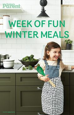 Nothing warms cold days like a pot of homemade soup. Here are our favourite cozy recipes. Quick Pasta Recipes, Yummy Chicken Recipes, Yum Yum Chicken, Quick Easy Meals, Easy Dinner Recipes, Fall Recipes, Soup Recipes, Healthy French Toast, Todays Parent