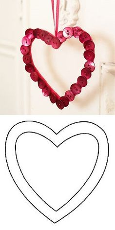 I love this kind of DIY crafts! Such a simple idea and so easy to do. All it requires is a few red buttons, thread, a sewing needle and some satin tape to act as the necklace. Easy Valentine Crafts, Valentine Activities, Happy Valentines Day, Holiday Crafts, Diy Arts And Crafts, Crafts To Do, Crafts For Kids, Diy Crafts, Button Art