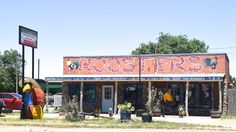 """ ROOSTERS "" in Vega Texas   Route 66 on My Mind "" http://route66jp.info Route 66 blog ; http://2441.blog54.fc2.com https://www.facebook.com/groups/529713950495809/"