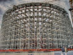 Scaffolding during the construction of Coop Himmelb(l)au's BMW Welt