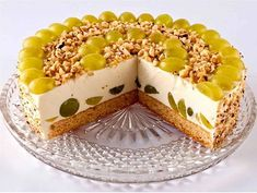 Cottage cheese-fruit cake without baking Cheese Fruit, Fruit Pie, Ricotta, Good Food, Yummy Food, Quick Easy Desserts, Gourmet Cooking, Sweet Pastries, How Sweet Eats