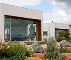 Rachael Bernstone Visits A Contemporary Country House And Family Retreat In  Semi Rural Tasmania, Designed By Circa Morris Nunn Walker.
