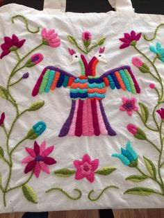 images about bordados mexicanos Mexican Embroidery, Hungarian Embroidery, Folk Embroidery, Learn Embroidery, Embroidery Patterns Free, Hand Embroidery Stitches, Embroidery Techniques, Embroidery Designs, Chain Stitch