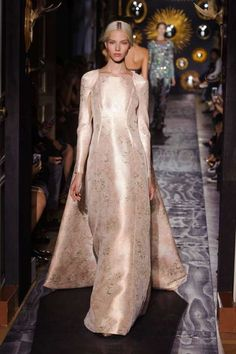 Valentino Fall 2013 Couture Runway - Valentino Haute Couture Collection