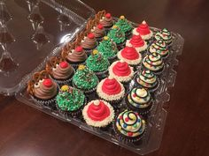 chocolate Christmas cupcakes The Rudolph cupcakes are made complete with chocolate buttercream frosting cupcakes Delicious Christmas Cupcake Recipes the Whole Family Will Love Christmas Desserts Easy, Christmas Snacks, Christmas Cooking, Holiday Treats, Christmas Parties, Holiday Recipes, Christmas Cakes, Disney Christmas, Family Recipes