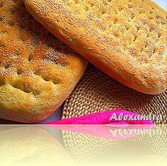 Μα...γυρεύοντας με την Αλεξάνδρα: Λαγάνα Bread Bun, Bread Rolls, Bread Food, Greek Desserts, Greek Recipes, Yummy Food, Tasty, Bread And Pastries, Sweet Bread