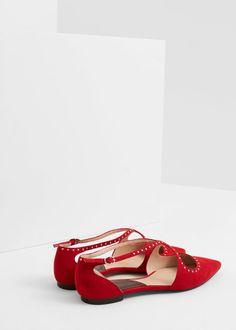 16€ Zapato plano tachuelas | MANGO