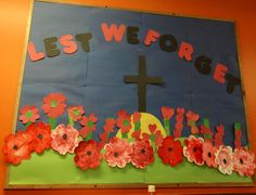Remembrance Day display School Displays, Classroom Displays, Classroom Themes, Daycare Bulletin Boards, Art Bulletin Boards, Remembrance Day Activities, Remembrance Sunday, Poppy Craft, 100 Days Of School