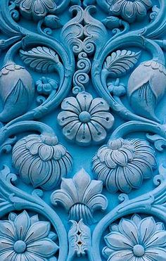 cores / Turquoise Blue Door with Delicately Carved Floral Motif