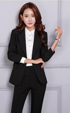Women's Pant and Blazer Suit Simple Long Slim for Business - Business Attire Business Professional Women, Business Outfits Women, Professional Attire, Business Women, Business Fashion, Corporate Attire, Business Casual Attire, Business Suits, Business Formal