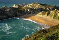 Playa nudista de Somocuevas, Liencres, Piélagos. Cantabria