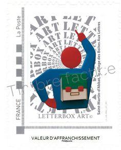 """Timbre LetterboxArt©: Boîte aux lettres """"École"""" à Saint-Martin-d'Abbat."""