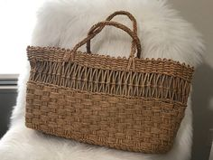 Vintage Straw Bag Woven Handbag by GenesisVintageShop on Etsy