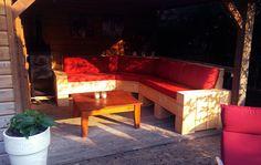 steigerhouten loungeset rood Outdoor Furniture Sets, Outdoor Decor, Home Decor, Decoration Home, Room Decor, Home Interior Design, Home Decoration, Interior Design